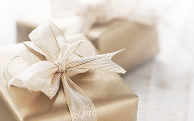 The Art of Fabulous Gift-Giving—Luxe Edition!